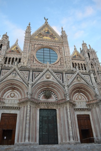 siena cathedral exterior3
